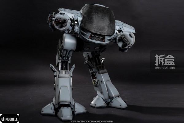 hottoys-robocop-ed209-jingobell-003