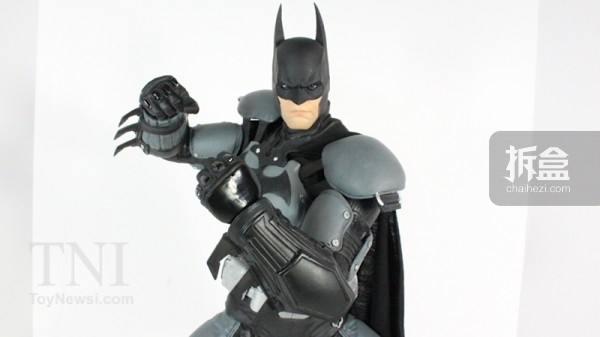 neca-18inch-batman-review-014