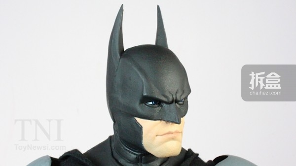 neca-18inch-batman-review-019