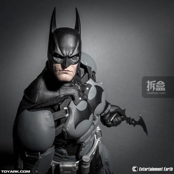 NECA-Arkham-Batman-002