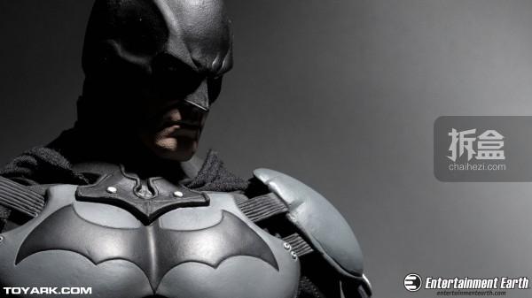 NECA-Arkham-Batman-003