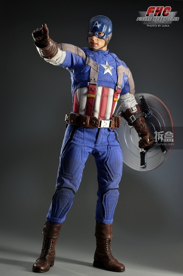 hottoys-Luka-captain-018