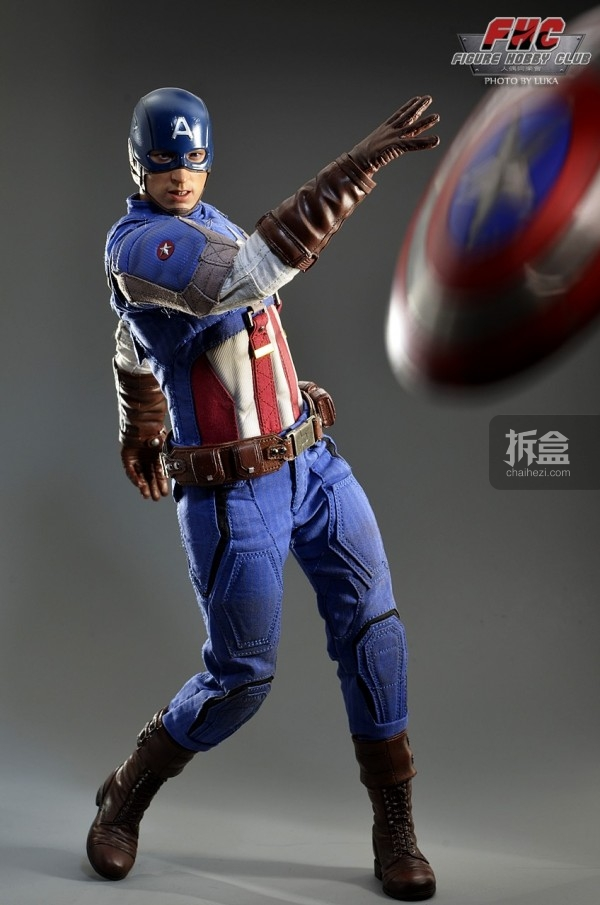 hottoys-Luka-captain-024
