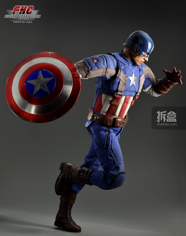 hottoys-Luka-captain-025