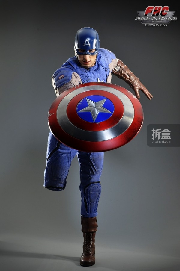 hottoys-Luka-captain-026