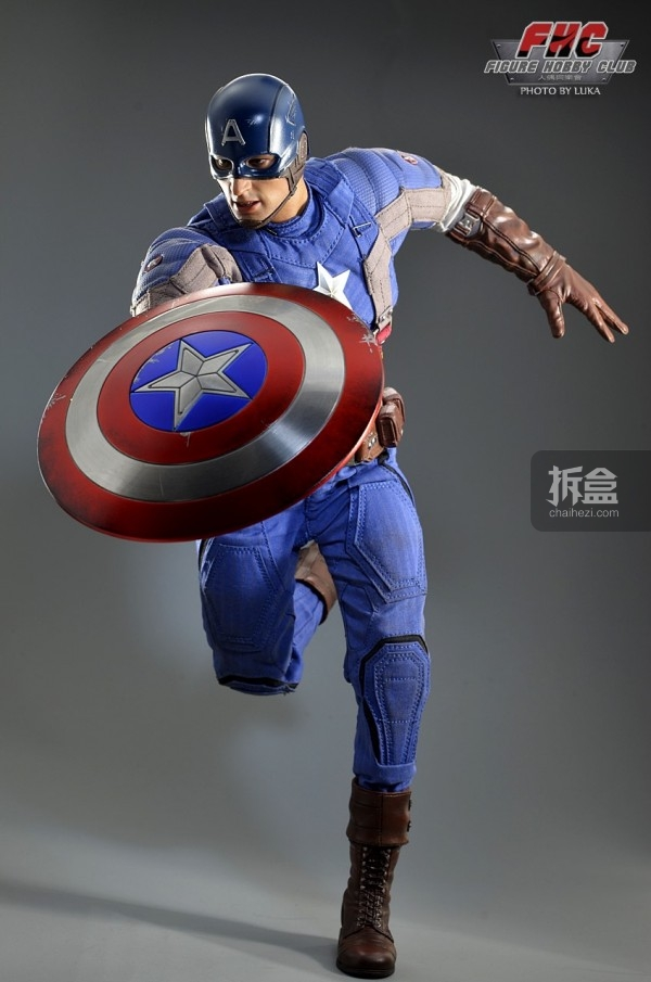 hottoys-Luka-captain-027