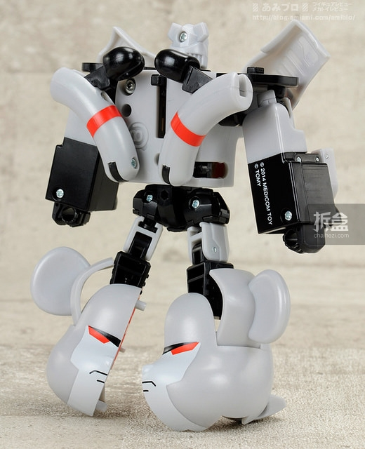 BE-RBRICK-TF-22
