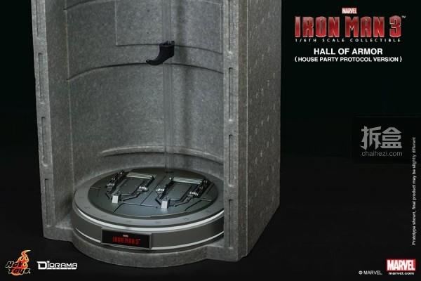 HotToys-ironman3-ArmorHall-09