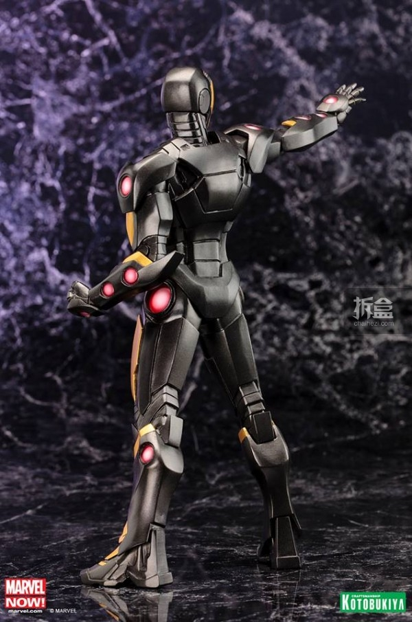 Koto-Marvel-Now-Iron-Man-Statue-006