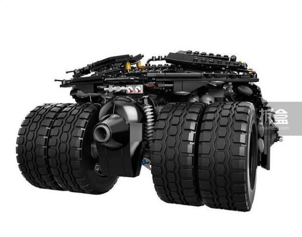 LEGO-batman-batmobile-004