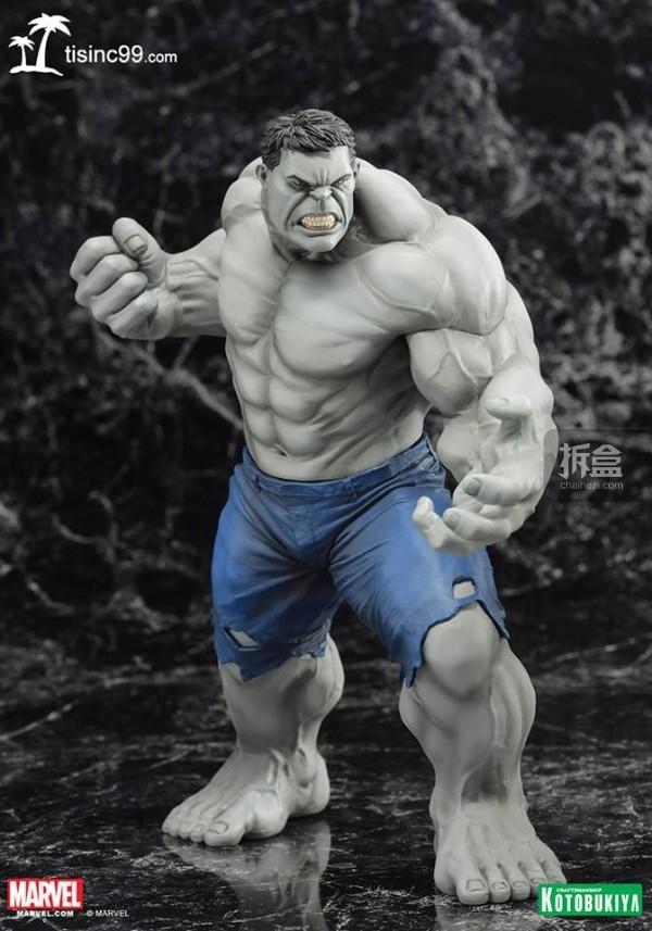 Marvel-Grey-Hulk-ARTFX-Statue-SDCC-001