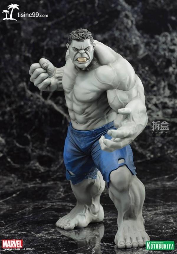 Marvel-Grey-Hulk-ARTFX-Statue-SDCC-002