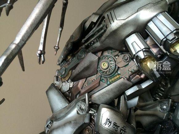 P1S-Megatron-36