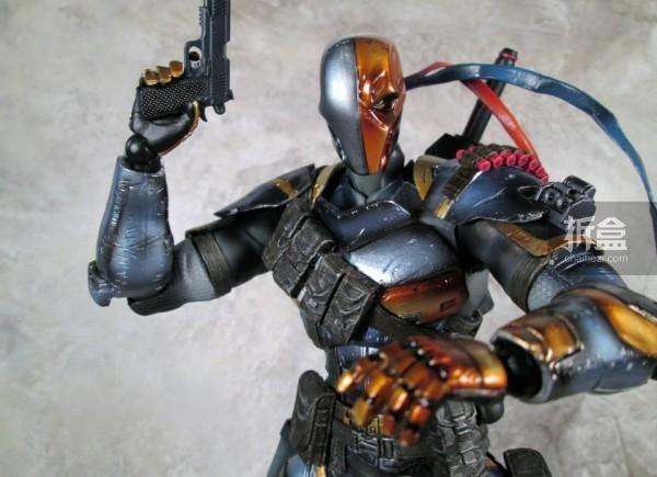 PlayArtsKai-Arkham-batman-11