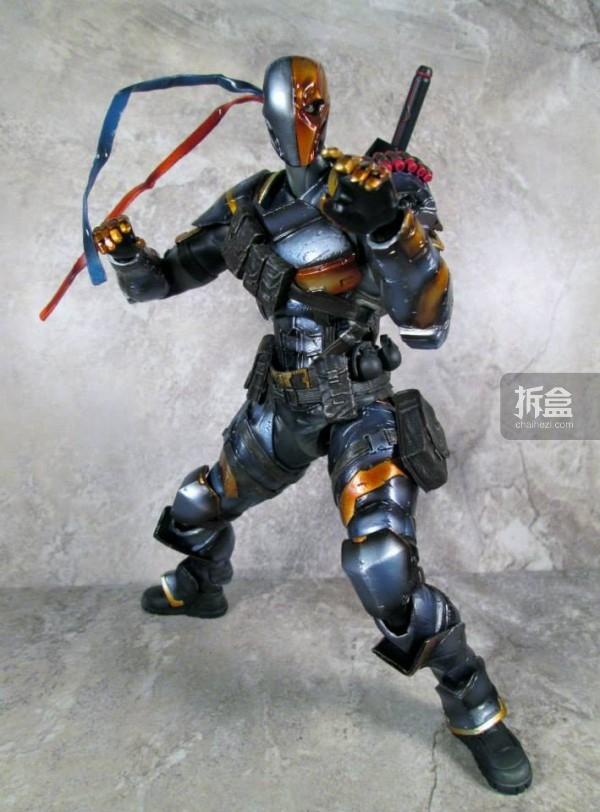 PlayArtsKai-Arkham-batman-14