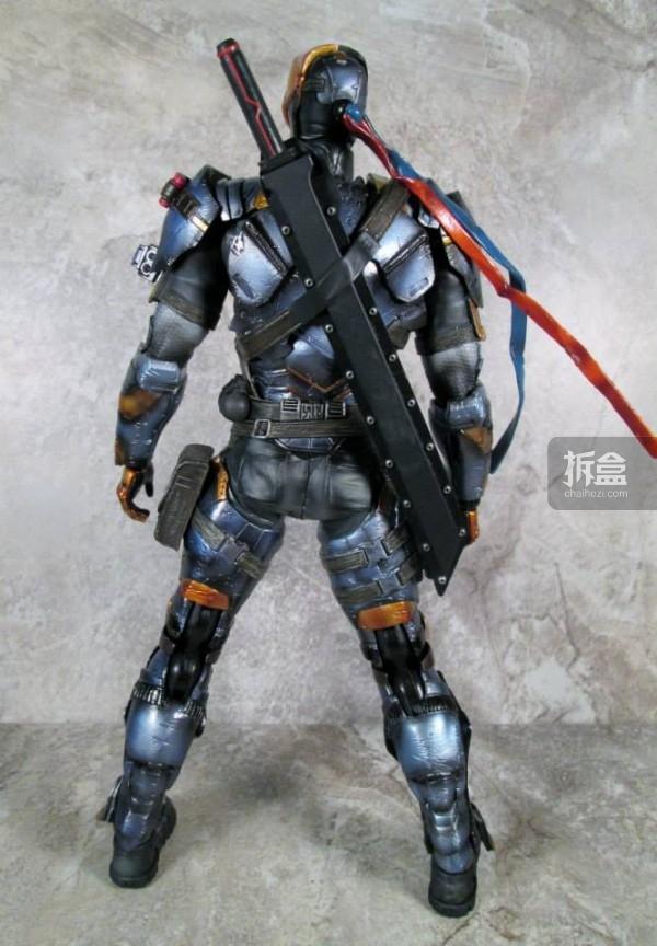 PlayArtsKai-Arkham-batman-17