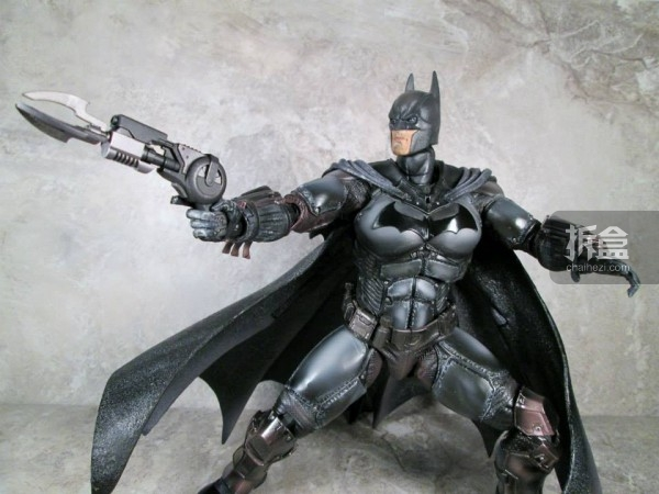PlayArtsKai-Arkham-batman-21