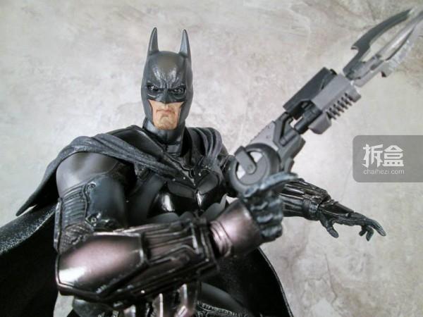 PlayArtsKai-Arkham-batman-22