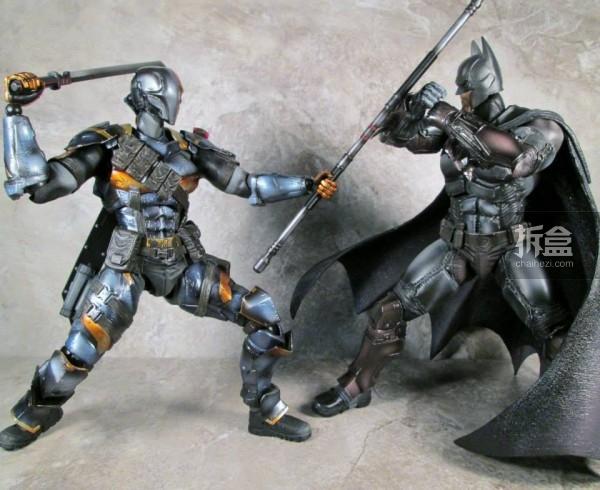 PlayArtsKai-Arkham-batman-4