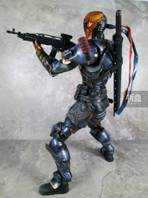 PlayArtsKai-Arkham-batman-7