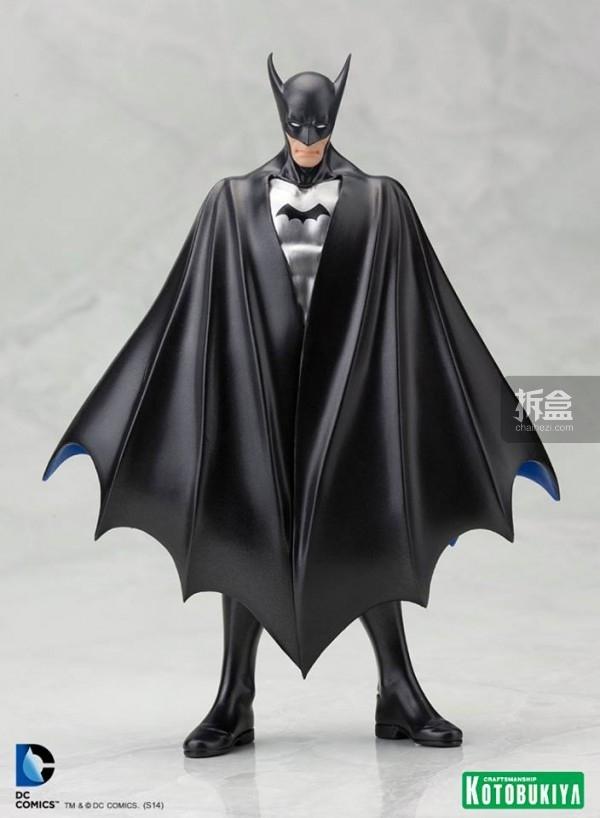 SDCC-1st-Appearance-Batman-ARTFX-Statue-1