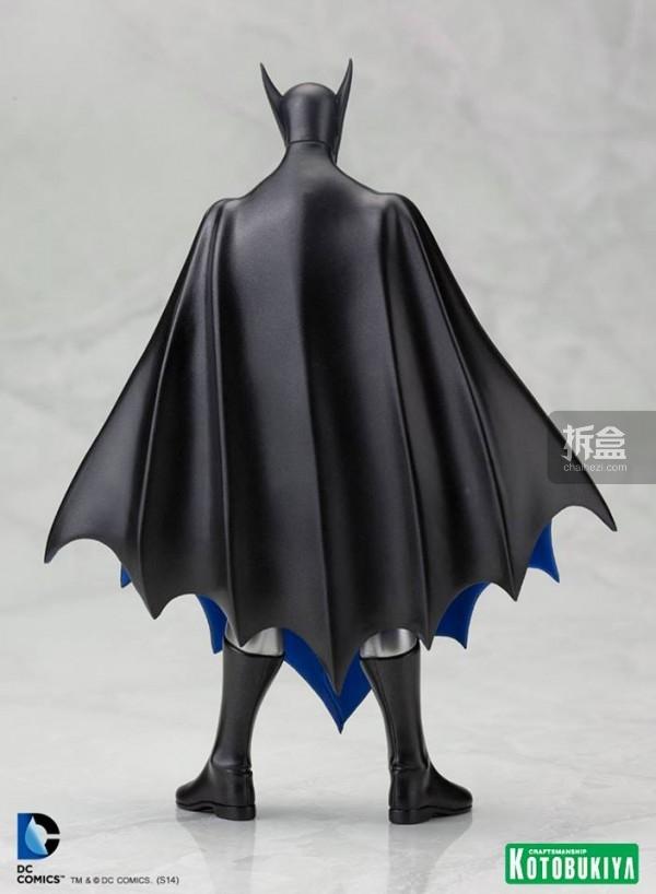 SDCC-1st-Appearance-Batman-ARTFX-Statue-3