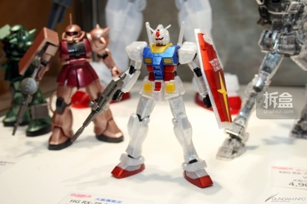 HG RX-78-2 ガンダムTHE ART OF GUNDAM OSAKA Metallic Edition 1,650円