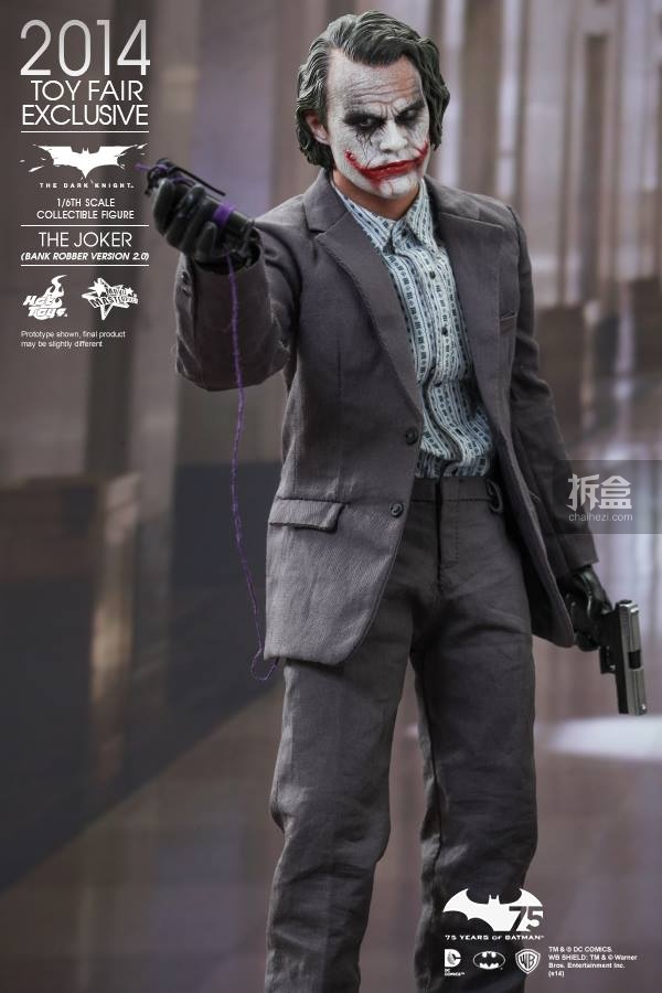 hottoys-2014-robber-joker-1