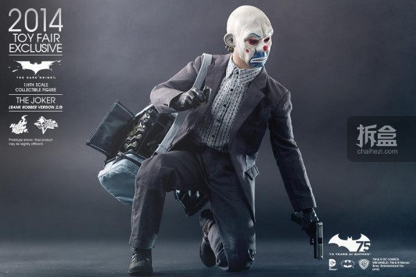 hottoys-2014-robber-joker-11