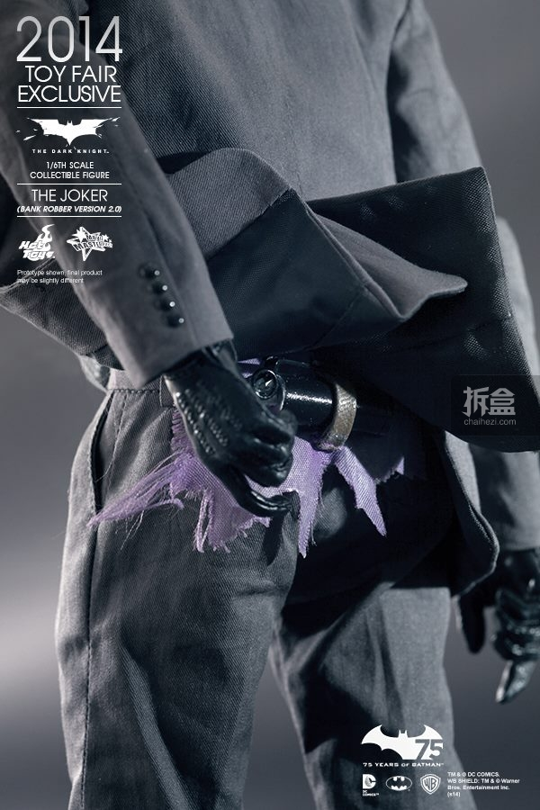 hottoys-2014-robber-joker-14