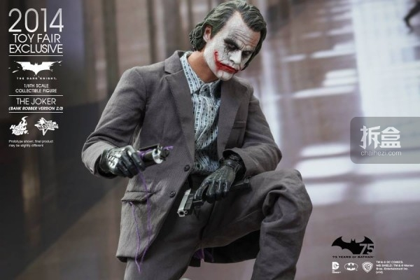 hottoys-2014-robber-joker-6