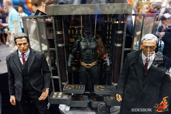 hottoys-2014sdcc-booth-005
