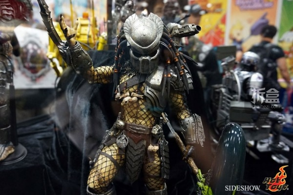 hottoys-2014sdcc-booth-011
