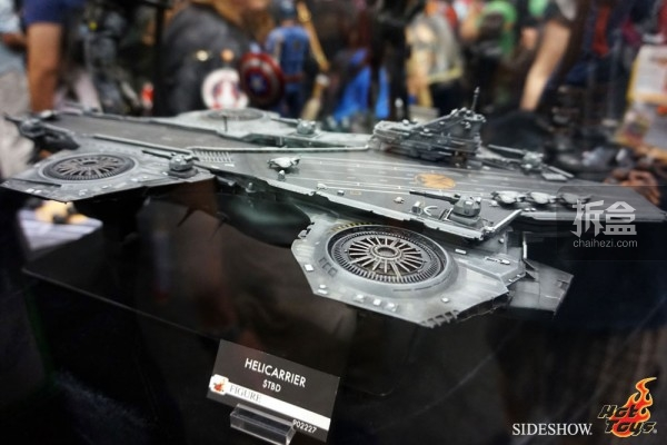 hottoys-2014sdcc-booth-018