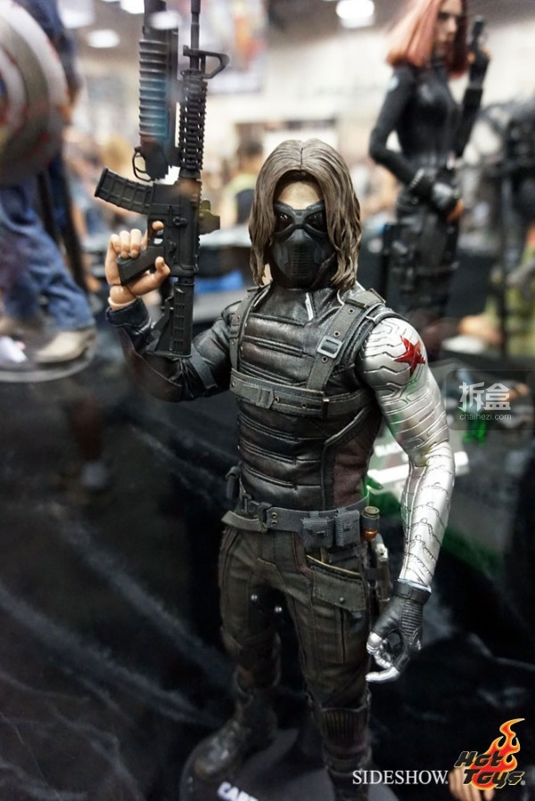hottoys-2014sdcc-booth-024