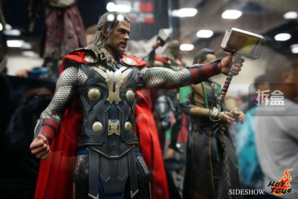 hottoys-2014sdcc-booth-025