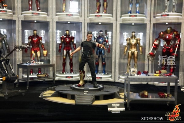 hottoys-2014sdcc-booth-031
