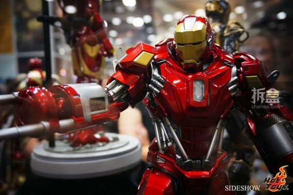 hottoys-2014sdcc-booth-033