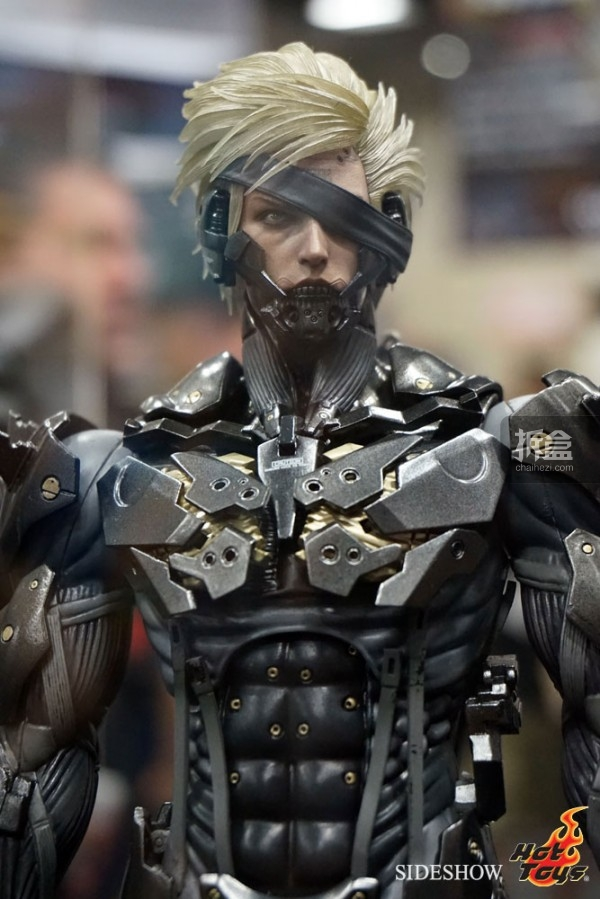 hottoys-2014sdcc-booth-040