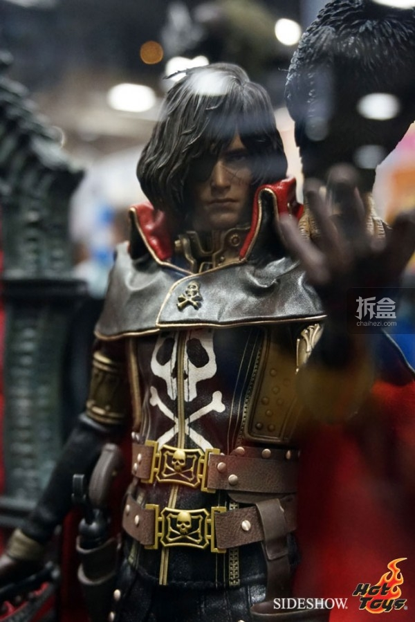 hottoys-2014sdcc-booth-044