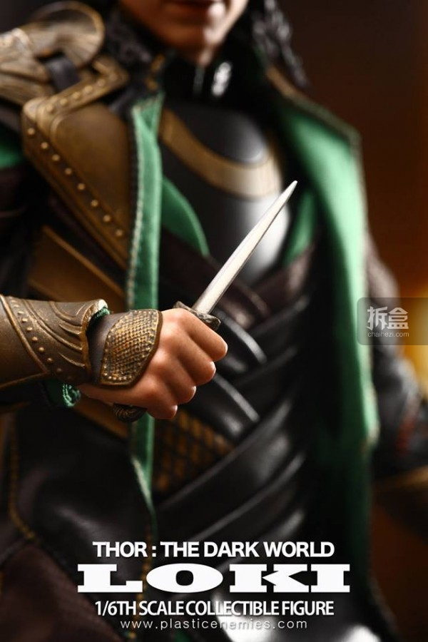 hottoys-Thor2-Loki-18