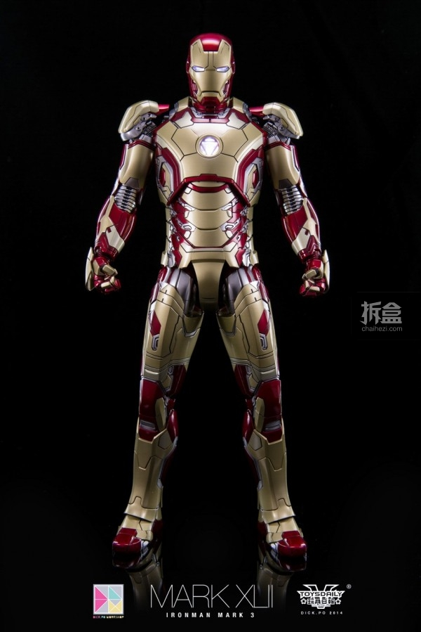 hottoys-mark42-dickpo-1