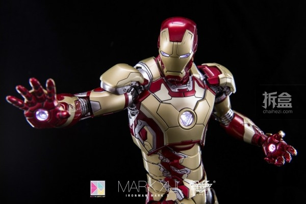 hottoys-mark42-dickpo-21
