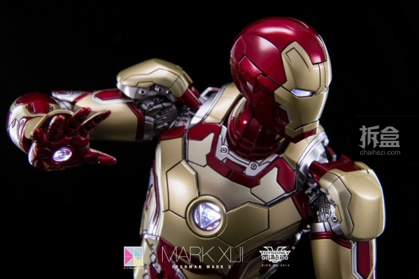 hottoys-mark42-dickpo-31