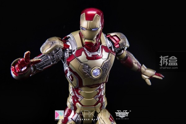 hottoys-mark42-dickpo-48