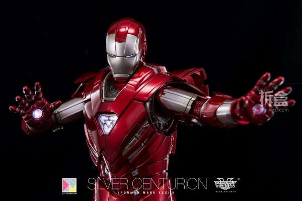 hottoys-silver-Centurion-Dick-16