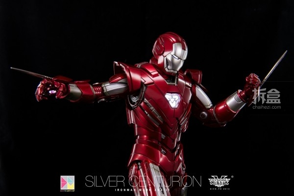 hottoys-silver-Centurion-Dick-2