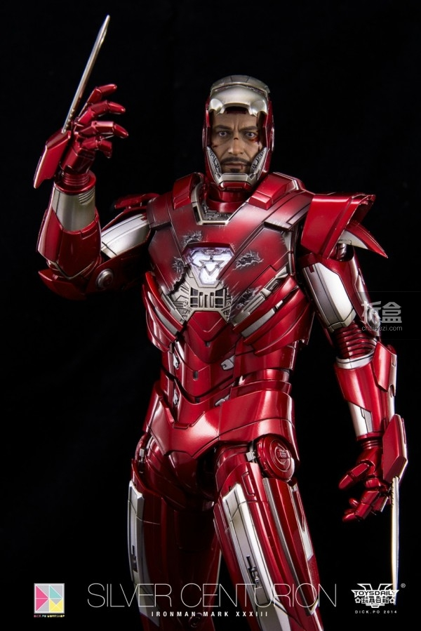 hottoys-silver-Centurion-Dick-24