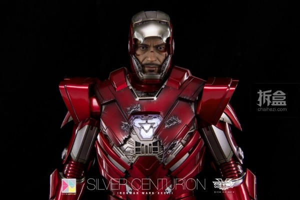 hottoys-silver-Centurion-Dick-26