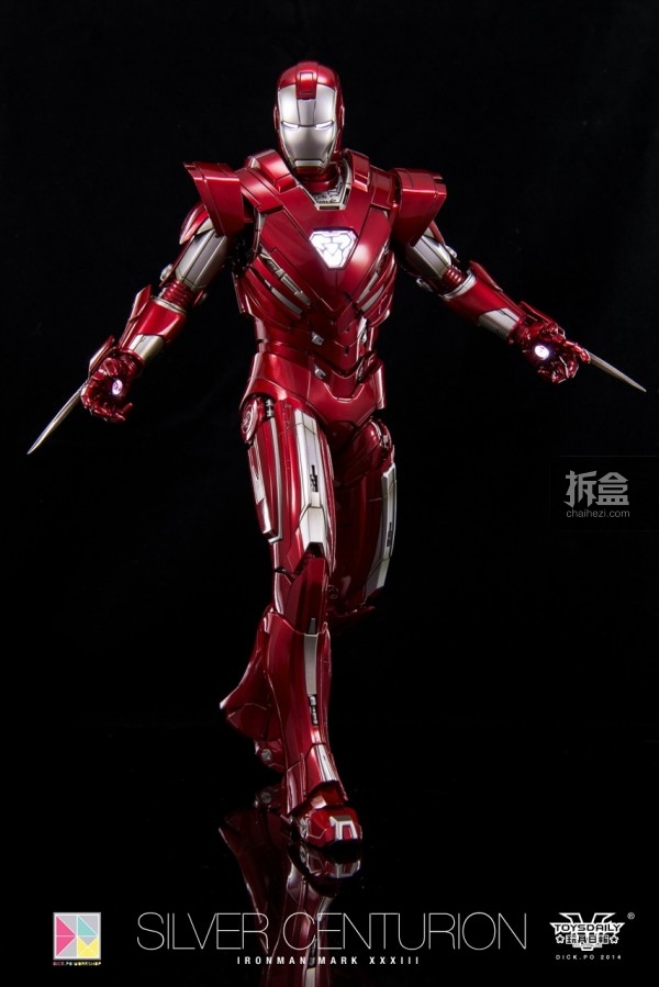 hottoys-silver-Centurion-Dick-34